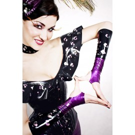 Kitten In The Night Latex Gauntlets