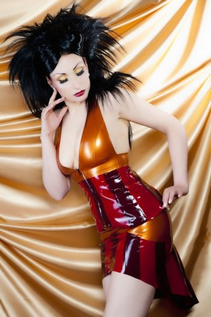 Amber Ray Latex Rock