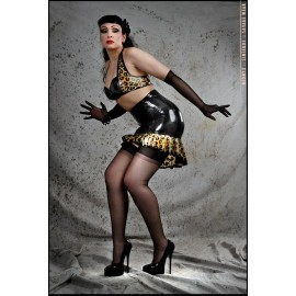 Pin-Up Leo Latex Rock