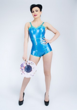 PinUp Matrose Latex Body